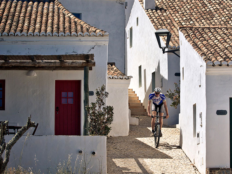 mountainbike-in-the-algarve1.jpg